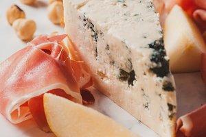 Gorgonzola and prosciutto