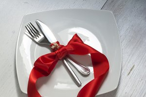 Festive table setting and decoration