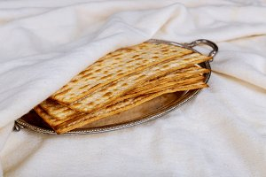 Pesach Passover symbols of matzoh