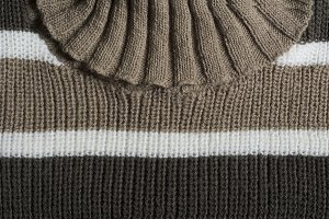 Swetter wool knit, turtleneck, brown