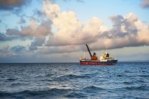 Ship Philippines