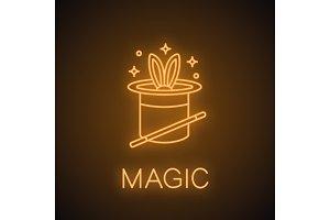 Magic tricks neon light icon