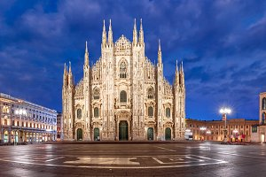 Night Piazza del Duomo in Milan, Italy