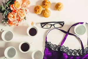 Morning coffee. glasses, roses, cups