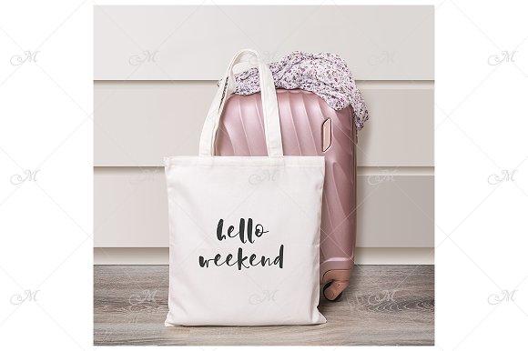 Weekend Bag Mockup JPEG
