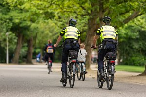 Police bikepatrol in the Vondelpark