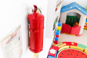 Fire extinguisher for emergency management in kindergarten