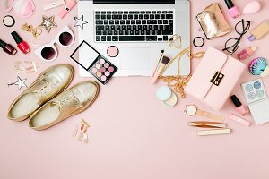 Fashion blogger workspace 2
