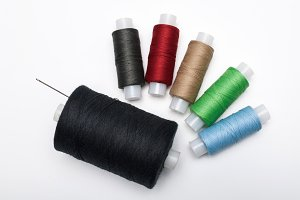 Coils with threads