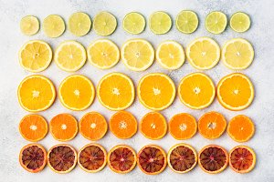Different varieties of citrus fruits