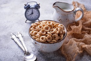 Sweet cereal loops in bowl.