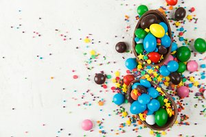 Chocolate eggs and glaze color candy