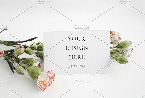 Floral Spring Business Card Mockup