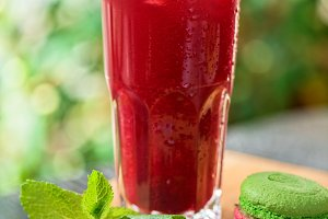 Summer cranberries smoothie
