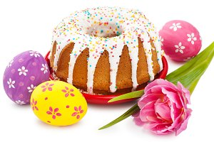 Easter cake, tulip and colorful eggs