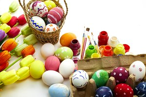 Decorated eggs and spring flowers