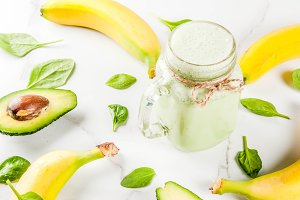 Banana and spinach smoothie