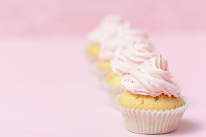 Cupcake decorated with pink b-cream