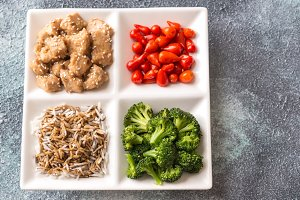 Broccoli and chicken stir-fry with