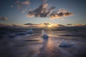 Beach of Ice