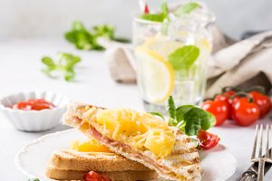 Sandwich with pineapple,