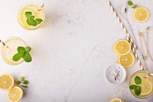 Lemonade with ice and mint