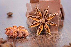 Anise, milk chocolate and coffee beans