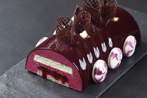 Contemporary Black Currant Chocolate