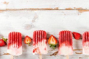 Homemade Vegan Strawberry Popsicle