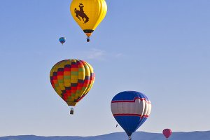 Vertical-Hot Air Balloon