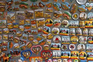 Touristic magnets