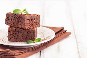 Chocolate brownie square pieces