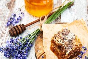 Jar of honey and lavender