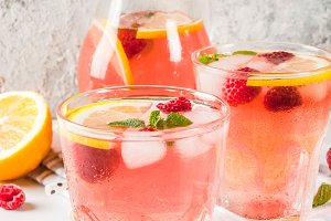Raspberry mojito or lemonade