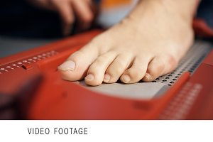 Precise footstep measuring with