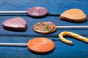 colorful swirl lollypop