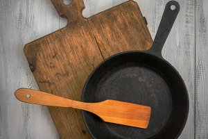 Cutting board, pan and  spatula