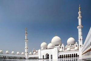 Exterior view to Sheikh Zayed Mosque, Abu-Dhabi, UAE