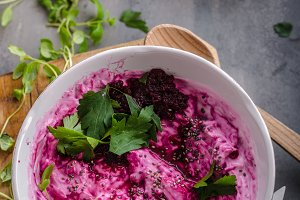 Beet root with cheese and herbs