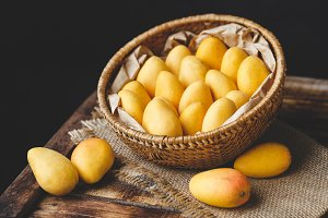 Little mangoes