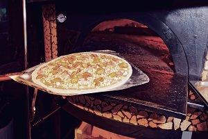 Baking mushroom pizza