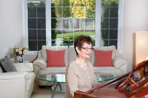 Joy of the Piano for Senior Woman