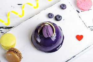 round cake with lilac fondant