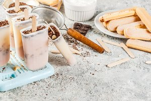 Tiramisu popsicles ice cream