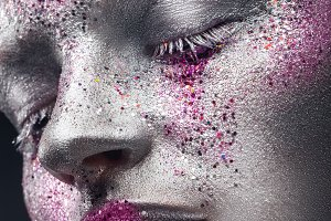 Close-up Creative Makeup