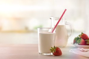 Milk and strawberries front