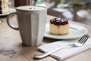 latte and cheese cake