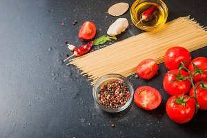 cherry tomatoes, spaghetti and spice