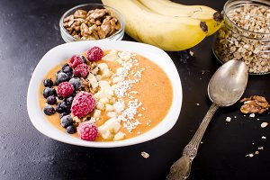 Smoothie bowl from apricot