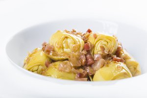Sauteed artichoke hearts with ham